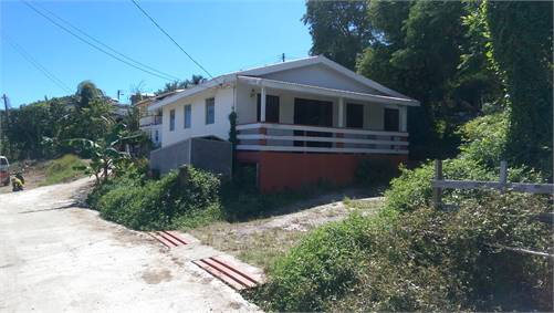 Fixer-Upper 2 bedroom house for Sale at La-Resource, Vieux-Fort